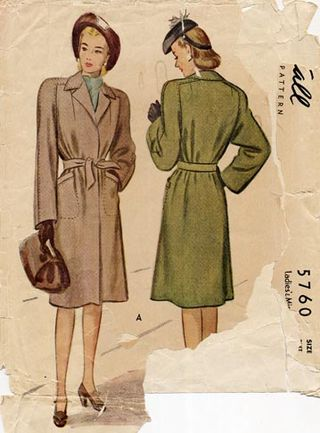 Casablanca_coat_1940s