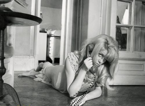 Deneuve_repulsion