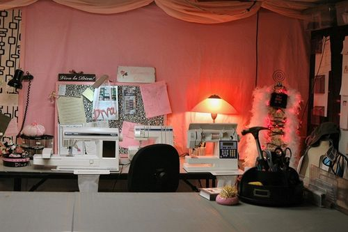 Sewing_room_pink