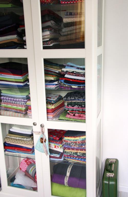 Fabric-cabinet