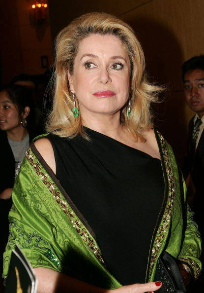 Deneuve_one_shoulder