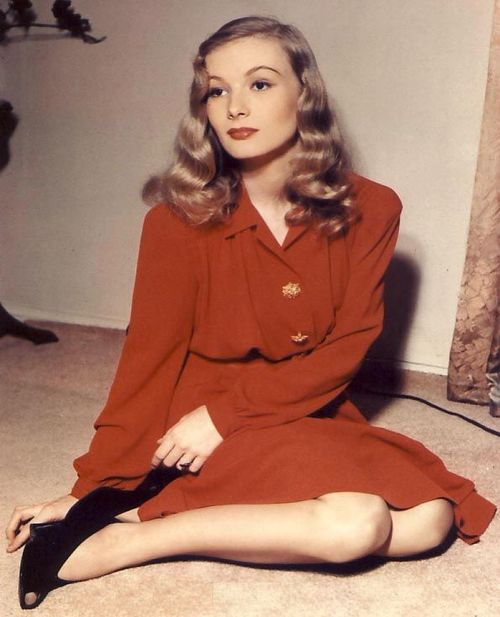 Veronica_lake_shirtdress
