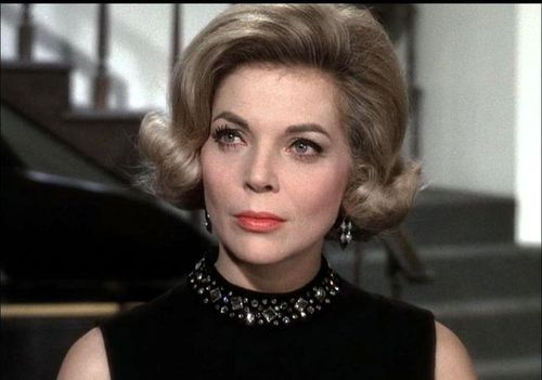 Barbara_bain_jewel_neckline